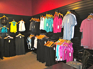 Women clothing stores: Workout clothes stores